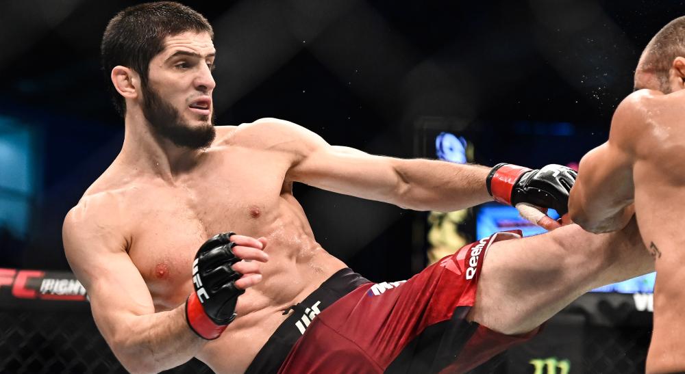 UFC on ESPN: Makhachev vs. Moisés Results: Islam Makhachev continues dominant streak, submits Thiago Moisés